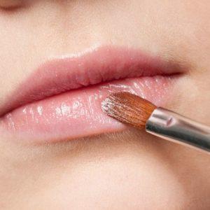 10 Beauty-Tipps und -Tricks, die du anwenden solltest